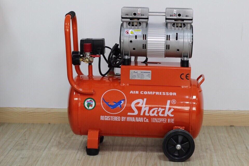 Máy nén khí không dầu Shark 25 lít